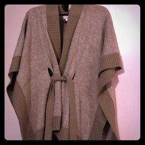 Knit cardigan with a belt